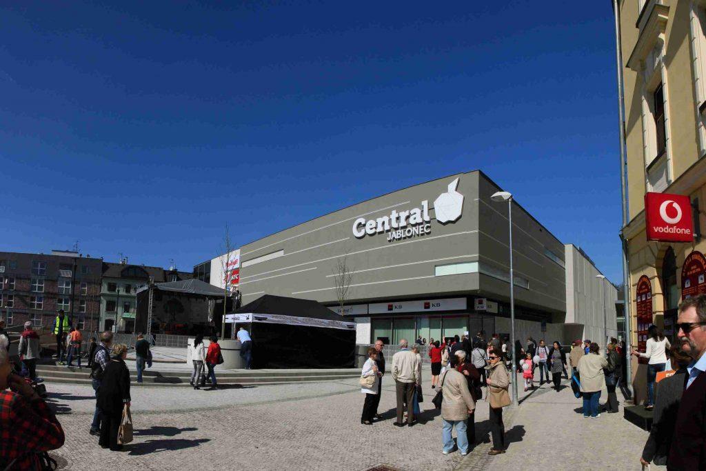 67d9c18af9 Otevření nového centra Central Jablonec - SUBTECH